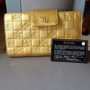Glamorous Authentic Vintage Chanel Wallet Italy